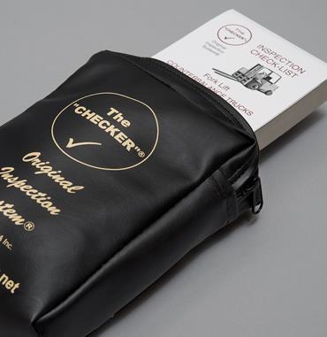 pouch-black-4.jpg
