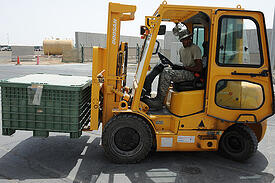 Doosan_forklift_in_June_2012