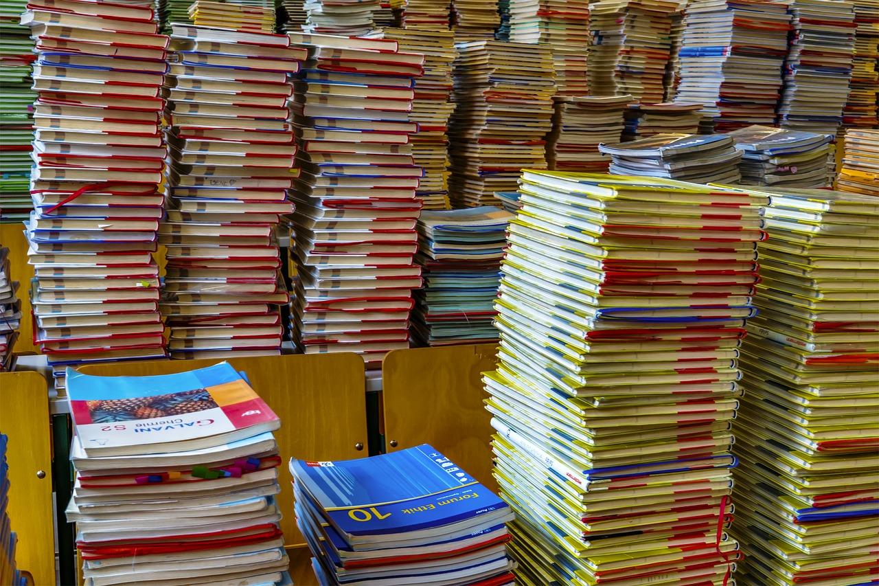 books-2547179_1280.jpg